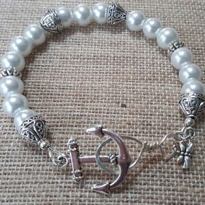 Anchor Pearl Bracelet - Nautical