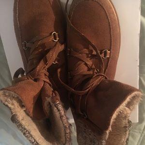 Boots BARETRAPS sz7