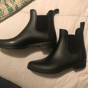 Merona Black Rain Booties -9