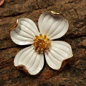Vintage 1960's Trifari Flower Brooch