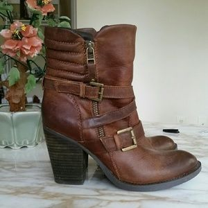 Steve Madden Brown Leather Ashleigh Boots