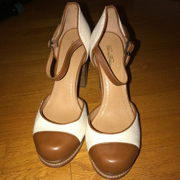 cc2c2cbf1 Brooks Brothers Shoes - Brooks Brothers Mary Jane Heels