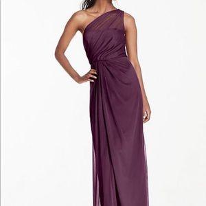 NWT- SZ. 6, Plum, David's Bridal 1 Shoulder dress