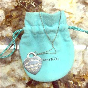 Tiffany's Pendant Necklace