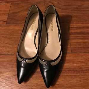 Black pointy toe wedge shoes