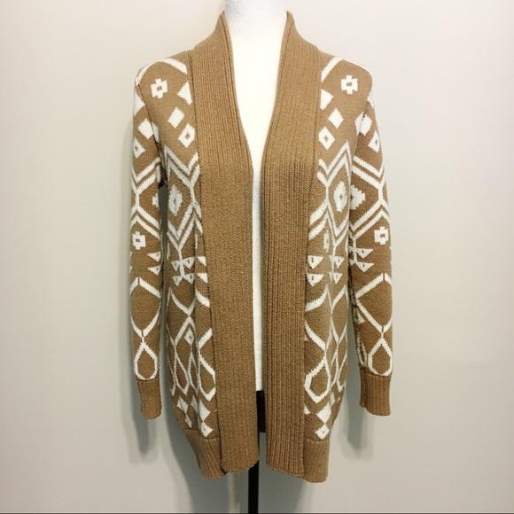 37a112a3d Old Navy Tribal Chunky Knit Cardigan. M 59ed4488d14d7bf9a20b0132