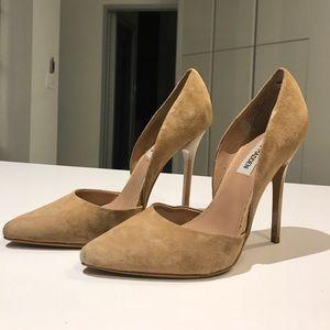 Steve Madden varcityy stiletto pump heels suede👠