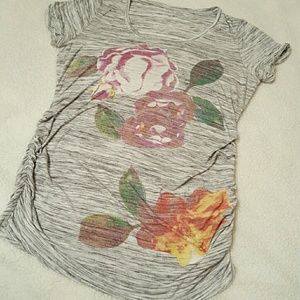 MotherhoodMaternity t-shirt floral with Ruch sides