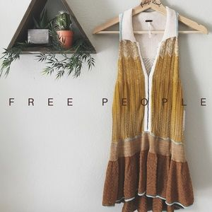 NWT // • Free People Knit Tnic