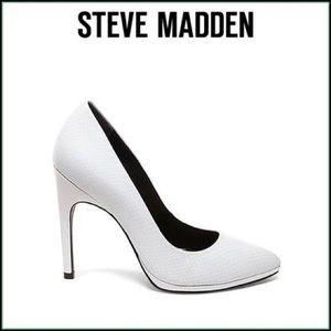 Steve by Steve Madden White heels