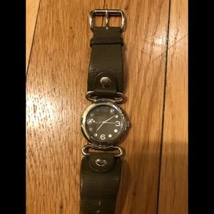 Marc by Marc Jacobs 35mm round face watch
