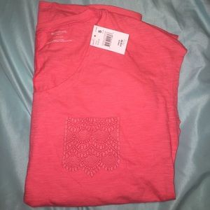 Maternity tshirt