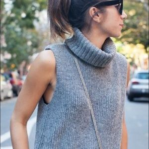 Lord & Taylor Grey Sleeveless Knit Turtleneck