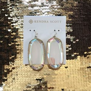 Kendra Scott Deily Earrings