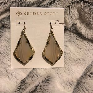 Kendra Scott Alex earrings in White Antique Brass