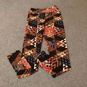 Lula Roe patterned leggings tween size