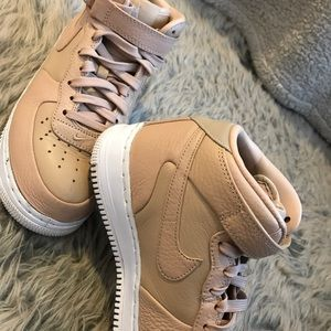 Nike Tan Air forces