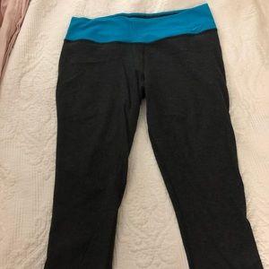 Nike Dry Fit Grey Capris large