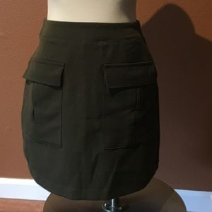Pocketed Forever 21 skirt. Army green.