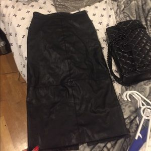 Super sexy leather skirt from H&M's