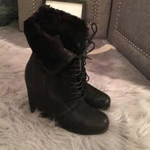 Boutique 9 wedge boots size 8.5