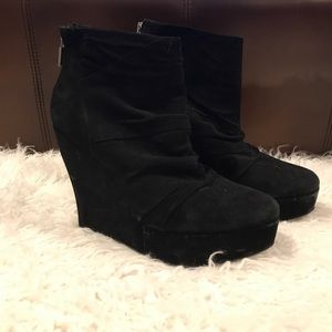 Boutique 9 Wedge Booties