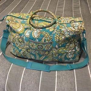 Vera Bradley Weekender Bag in Peacock