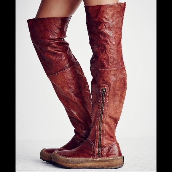 a5768f66b5b Free People Shoes - 🔥Glacier Pass Tall Hiker Boots🔥