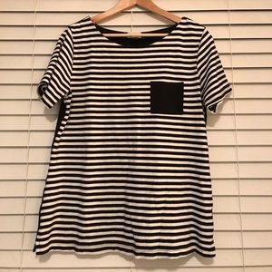 Old Navy contrast pocket tee