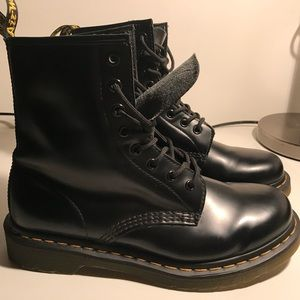 Dr. Martens 1460 W Smooth Boots