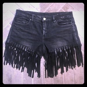 Blank NYC stretchy black distressed shorts fringe