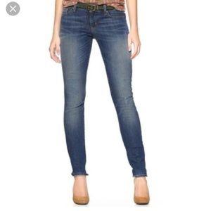 Beautiful brand new Gap always skinny jeans