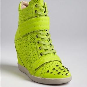 Boutique 9 wedge sneaker