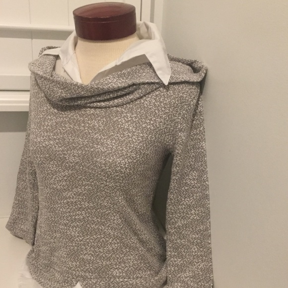 Htht Sweater With Built In Collar Super Cute