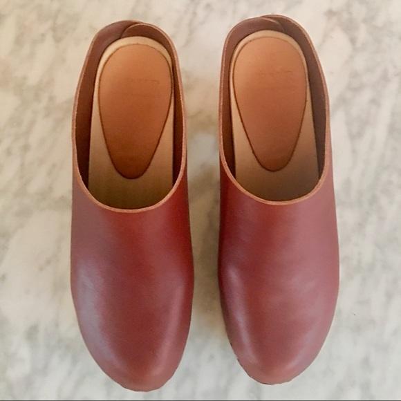 b57f7829c Bryr Studio Shoes | Bryr Chloe Closed Toe Clog High Heel In Sienna ...