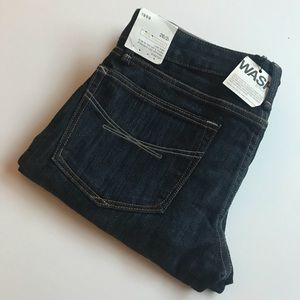 NWT • GAP Real Straight Jeans • Size 2 / 26