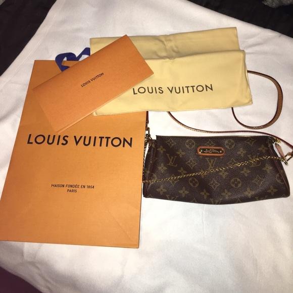 956ae7010d Louis Vuitton Handbags - 100% Authentic Louis Vuitton Eva in monogram
