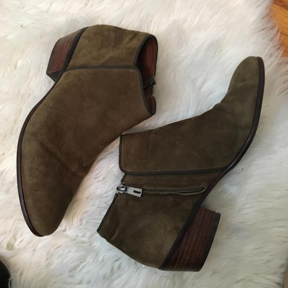 b5801a400eed Sam Edelman Shoes - Sam Edelman Petty Chelsea ankle boot 10