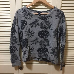 GAP Cropped Sweatshirt Size M.