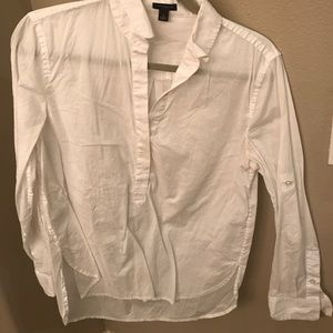 Gorgeous Ann Taylor crisp white blouse