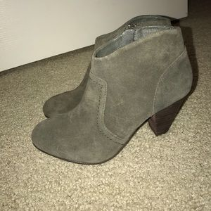 OLIVE GREEN ALDO ANKLE BOOTS