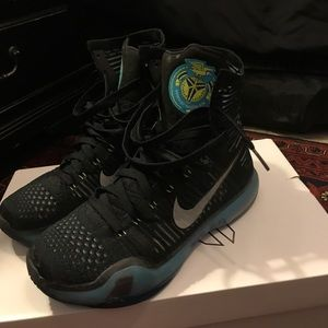 Kobe 10 Commander's Elite Series