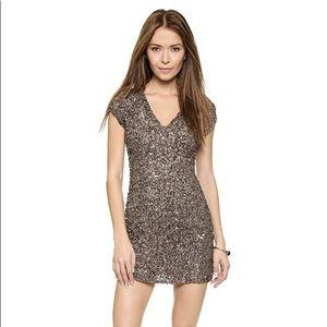 Parker Cluster Beaded V Neck Dress Mauve S $395