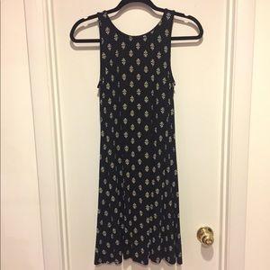 NWT Black and White flowy dress