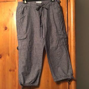Caribbean Joe Capri pants