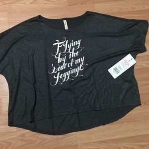 NWT Lucy size large workout shirt gray