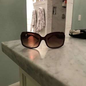 Coach burgundy Ginger sunglasses in EUC