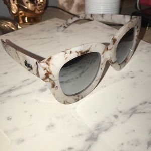 QUAY - Sugar and Spice sunglasses