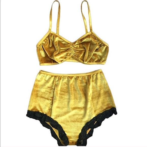 e38d0a1193f16 Other - Gold velvet pin-up lingerie bra   panty set