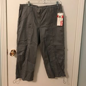 NEW Style & Co. Capri Cotton Pants Dark Grey